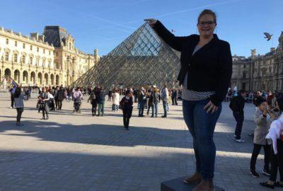 Pyramiden utenfor Louvre