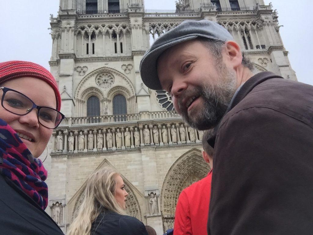 Utenfor Notre Dame